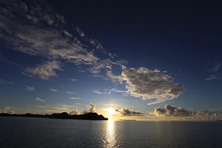 晴れの日の朝日.jpg