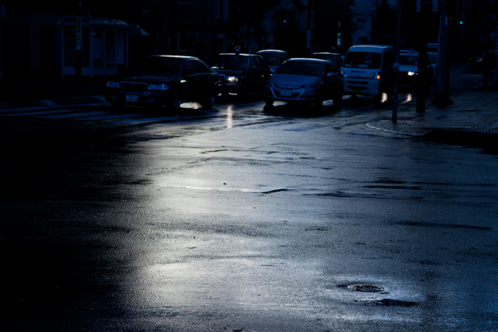 Nov-雨上がりの交差点.jpg